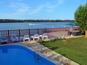 piscina-delta-dunarii-regina-deltei-2